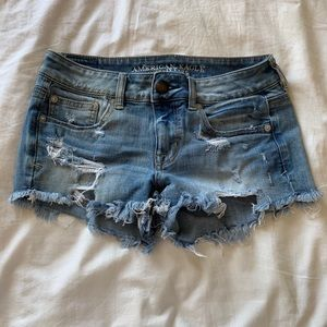 Shorts - AMERICAN EAGLE DISTRESSED SHORTS